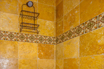 Morgan Brothers Custom Homes Hacienda: Guest Shower